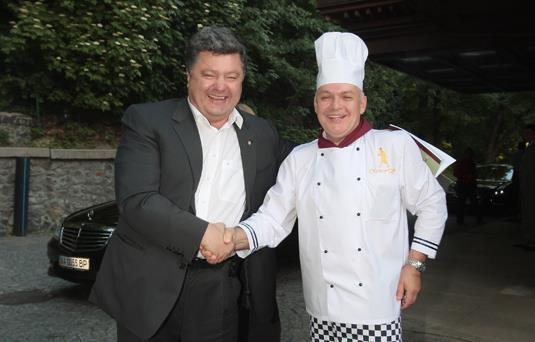 Путинский пропагандист Киселев угощал Порошенко жареной картошкой (ФОТО)