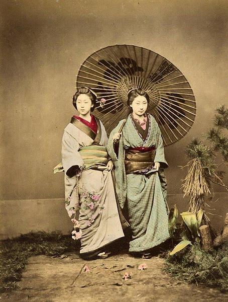 ������ ����� �������� ����� ����� �� ������ ������� ���������� � ������� ����������. � �������� 1864 ���� �� ���� ����������� ���������� �������� ������ �� Shimonoseki. ��������� �����, �� ��� �������� ������������� �� ���� ������ � ��������������� ����� ������ ������� ���. (����: Felice Beato).
