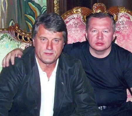 Экс-председатель СБУ Владимир Сацюк в компании с Викторм Ющенко