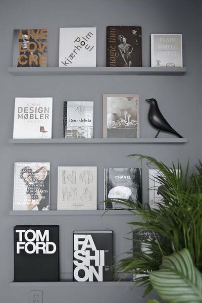 Wall-art.  Бывают такие книги, обложки которых эффектнее любых картин.
