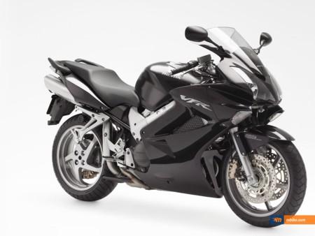 мотоцикл Honda VFR800