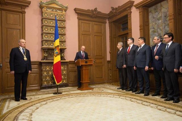 Президент принял присягу нового премьер-министра