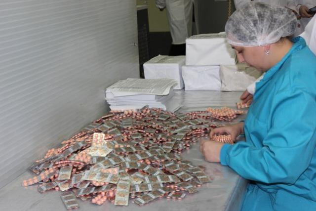 Завод Героя Украины Янковского спонсирует боевиков «ДНР». Фоторепортаж