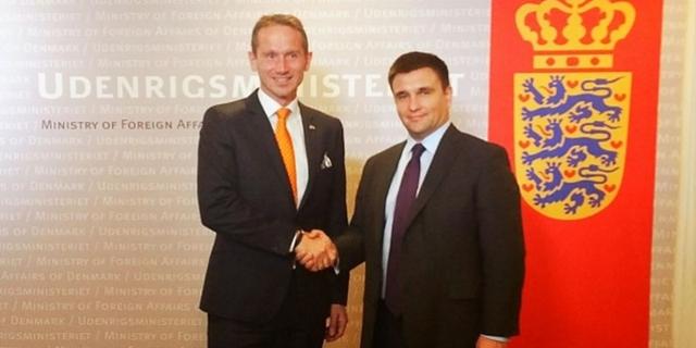 Главы внешнеполитических ведомств Дании и Украины - Кристиан Йенсен и Павел Климкин