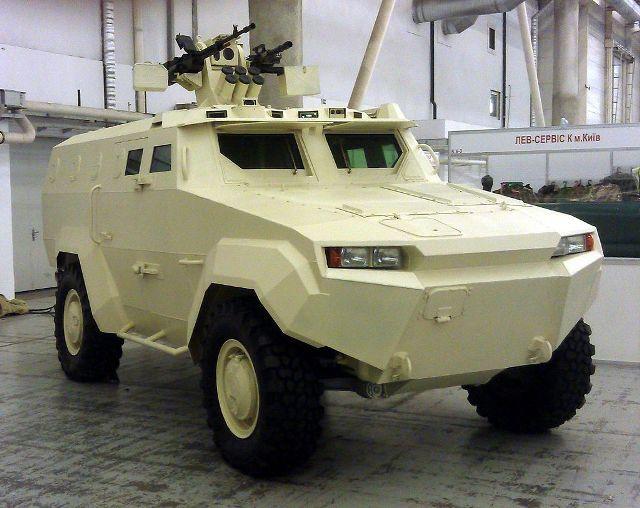Бронеавтомобиль «Тритон» завода «Ленинская кузница» (Источник: Military Navigator)